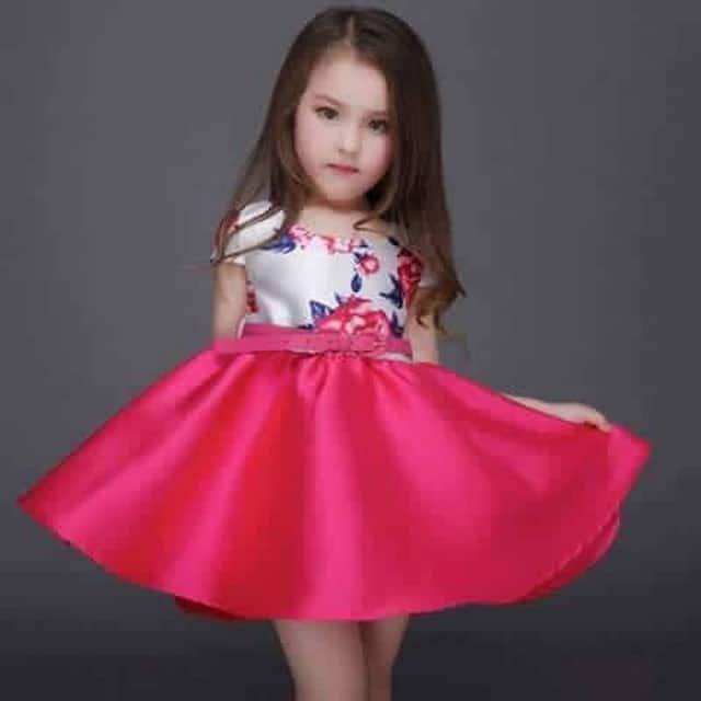 a56160f96 تصميمين مختلفين من الفساتين المشجرة للأطفال ...