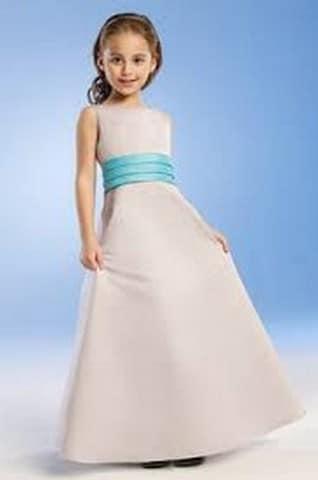 أحدث صور فساتين زفاف للأطفال 2021 - موقع محتوى