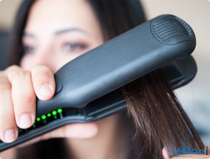 الطريقة الصحيحة لاستخدام مكواة الشعر