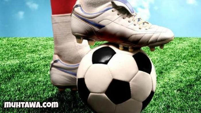 هاي كورة – كشف النجم الدولي التركي أردا توران لاعب وسط برشلونة عن تشكيلته  المثالية لأفضل 11 لاعبا في تاريخ كرة القدم .