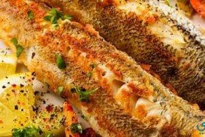 طريقة عمل السمك المقلي والأرز بالبصل