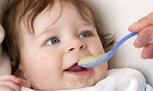 غذاء الطفل في الشهر الرابع