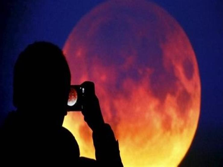 تعريف ظاهرة خسوف القمر