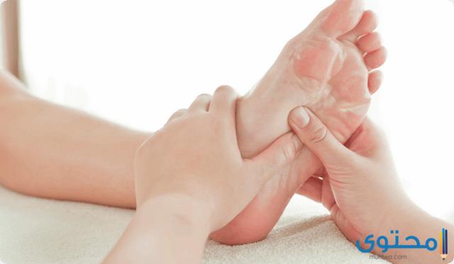 اسباب حدوث برودة اليدين والقدمين عند الأطفال
