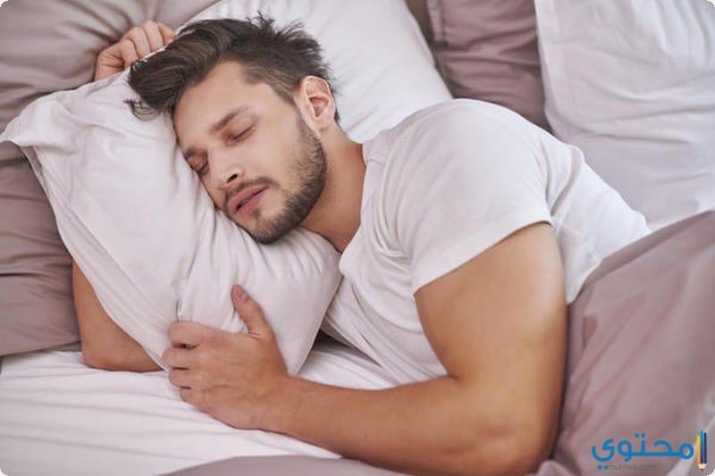 أطعمة تساعد على النوم مبكرا