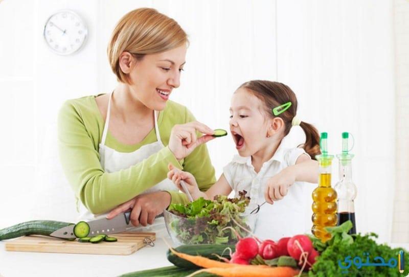 الأطفال من عمر ستة أشهر إلى سنة