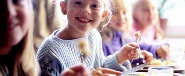 أهمية الغذاء بفترة المدارس للأطفال ووصفات للوجبة المدرسية