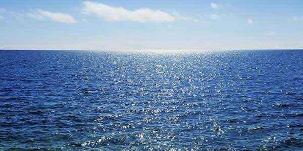 تفسير حلم رؤيه البحر في المنام