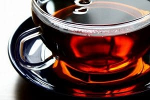 فوائد واهمية مشروب الشاي الأسود للجسم