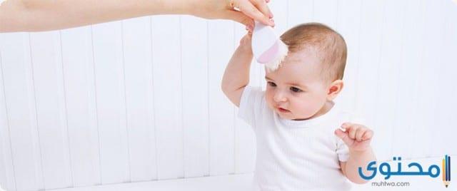 كيفية العناية بشعر الاطفال حديثي الولادة