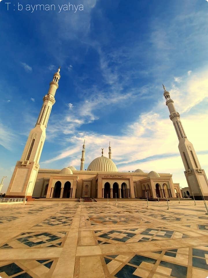صور مسجد الفتاح العليم