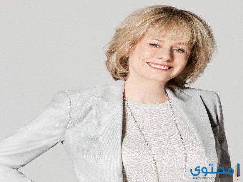 الكاتبة كاتى رايكس