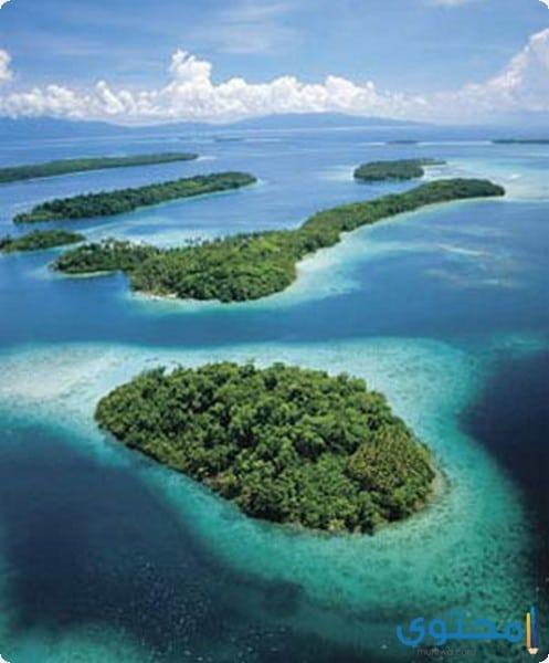 مناظر طبيعية من جزر سليمان الإستوائية