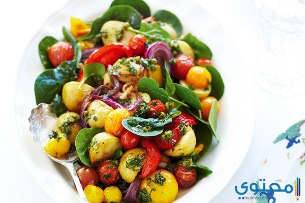 إدخال سلطة الخضروات ضمن الوجبات الرئيسية