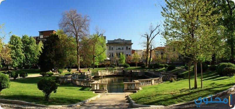 حدائق أندرو مونتانيلي العامة
