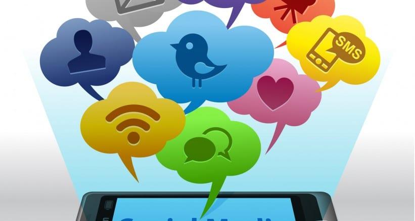بحث عن أهمية مواقع التواصل الاجتماعي