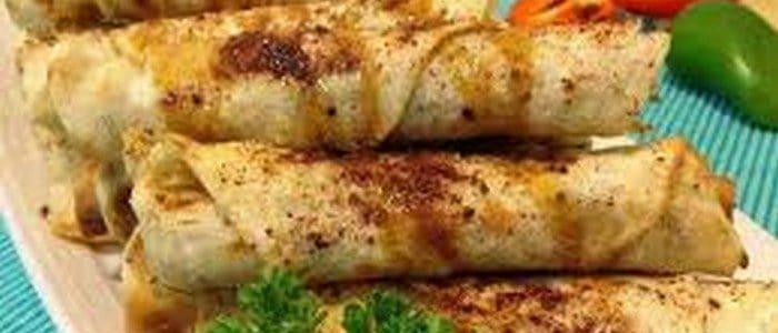 طريقة عمل صينية التوست بالدجاج والجبن والمايونيز