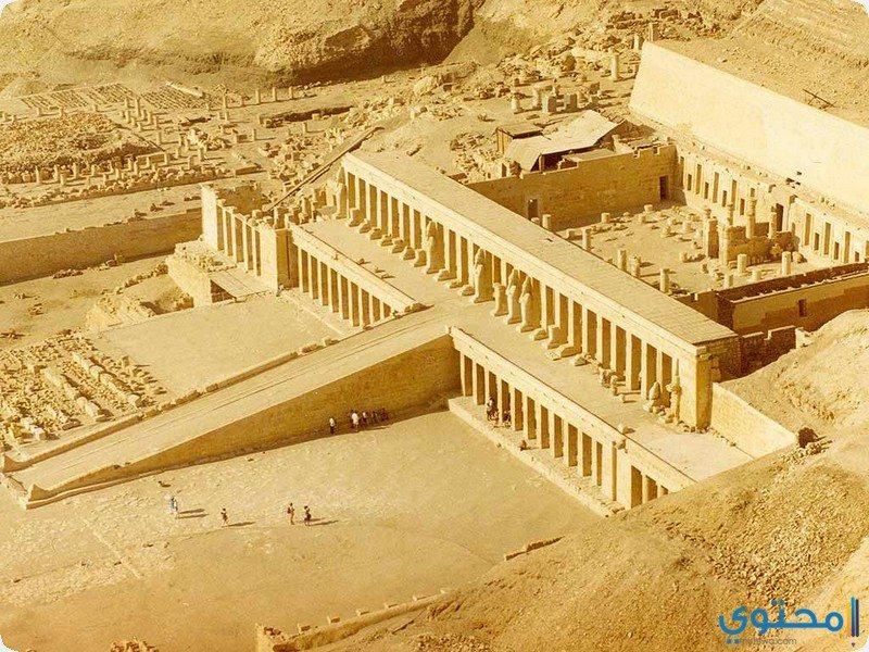معبد حتشبسوت بالدير البحرى