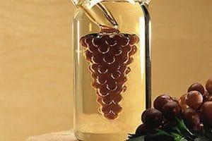 فوائد خل العنب للصحة والبشرة