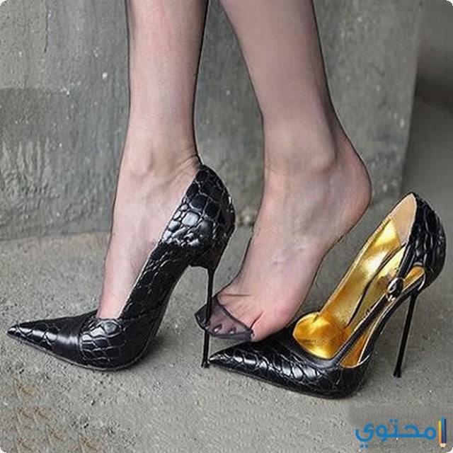 دلاله الوان الأحذية في المنام للعزباء