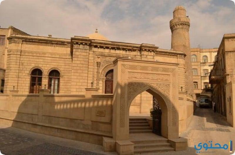 قصر شيرفانشاه