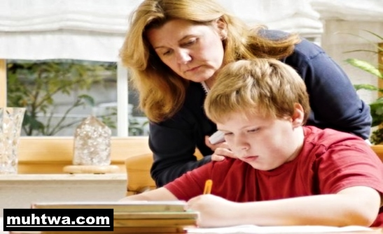 تعبير عن دور الأب والأم والمعلم بالعناصر الرئيسية