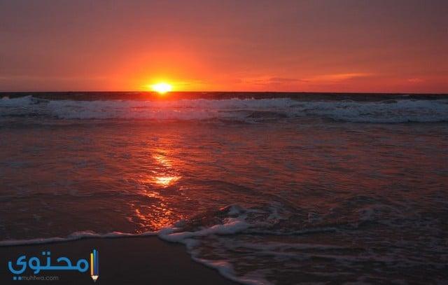 غروب الشمس في البحر