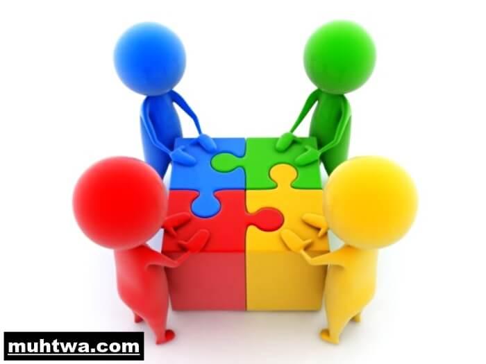 تعبير عن التعاون بين الطلاب بالعناصر الرئيسية موقع محتوى