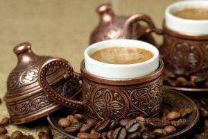 طريقة إعداد القهوة العربية والتركية بالصور