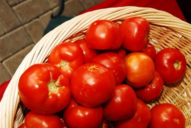 فوائد الطماطم للجسم والبشرة والشعر - موقع محتوى