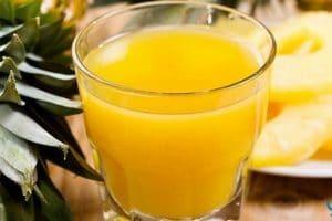 فوائد عصير الأناناس للصحة والحامل ولزيادة الخصوبة