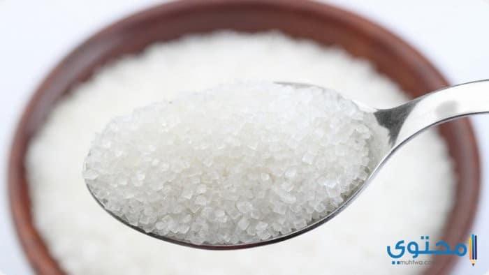 السكر لعلاج تشقق الشفاه الشديد