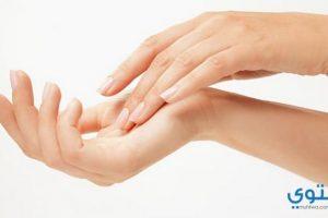 علاج تشقق اليدين بالأعشاب