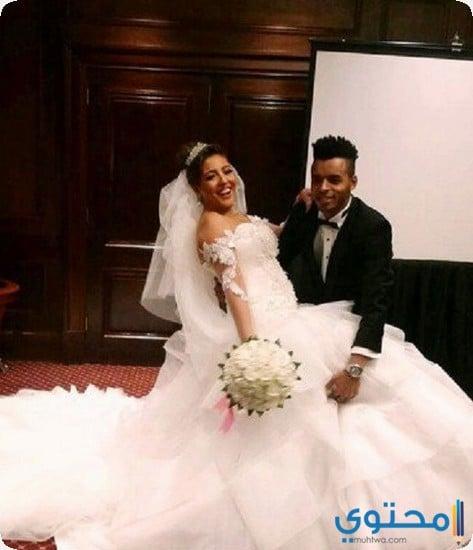 e4a3f1a0d0cf5 نيكول سابا، كسرت هي الأخرى قواعد فساتين الزفاف ...