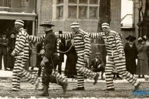 قصص جميلة للكبار (قصة السجين شميدث)