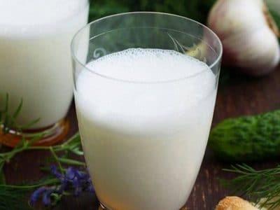 فوائد شرب اللبن الرائب في شهر رمضان وأهميته للحامل