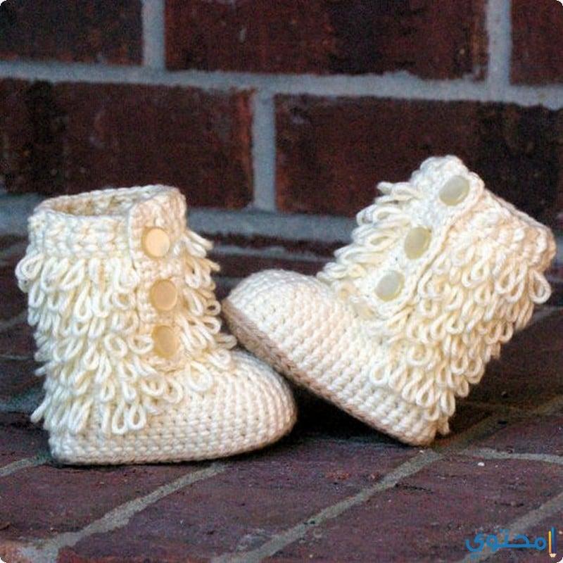 أحذية مصنوعة من الكوروشية