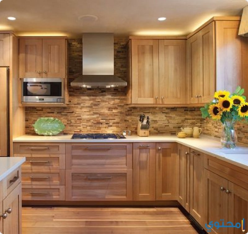 Attractive Color Light Maple Cabinets Interior Designs: تصميمات مطابخ خشمونيوم 2019