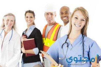 موضوع تعبير عن دور المعلم والطبيب والعامل