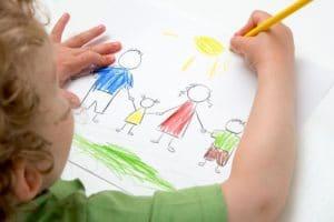 طريقة تعليم الطفل الرسم