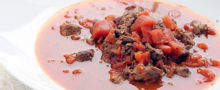 طريقة عمل يخنة الطماطم مع القمح والشعرية