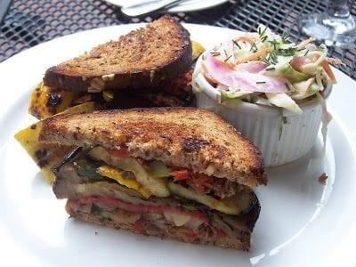 طريقة تحضير ساندوتش الخضار المشوي