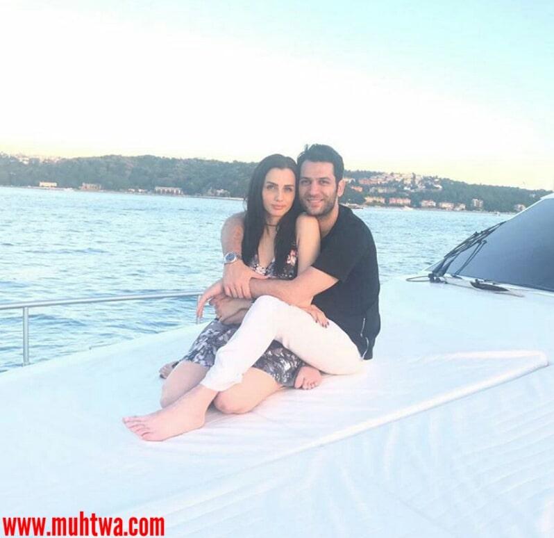 صور مراد يلديريم وزوجته