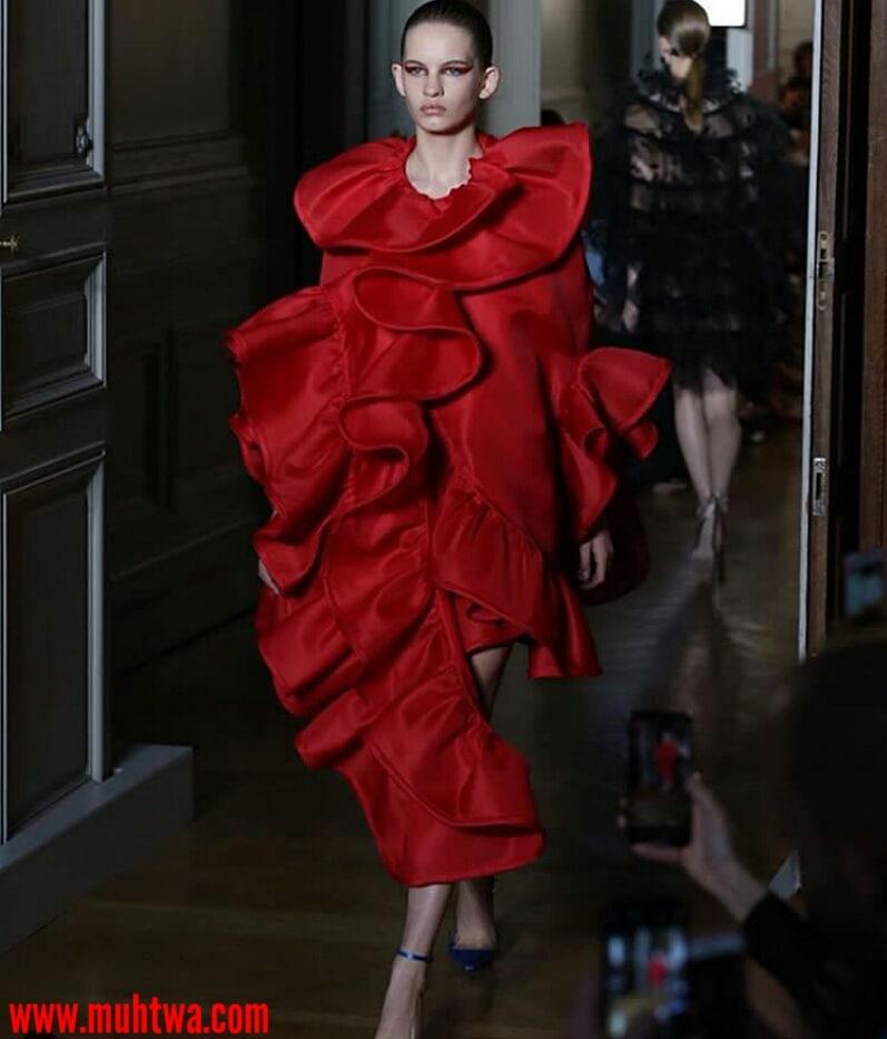 أزياء فالنتينو