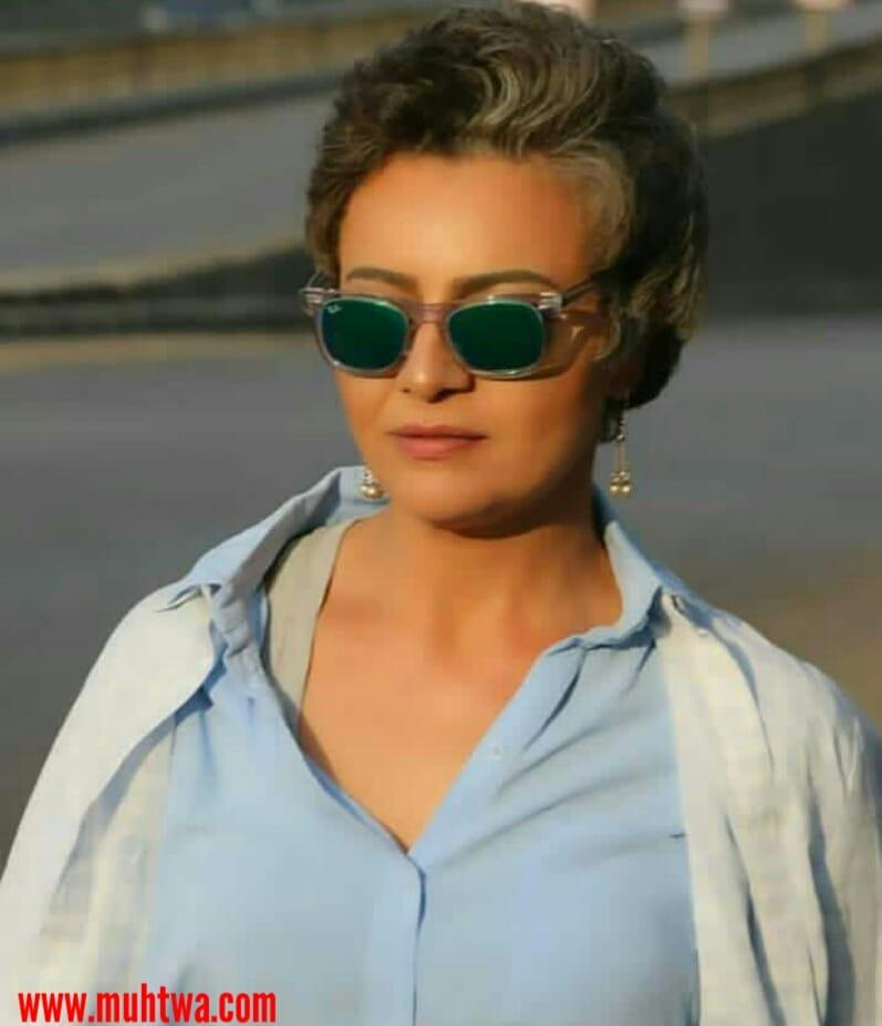 الفنانة هبة عبد الغنى