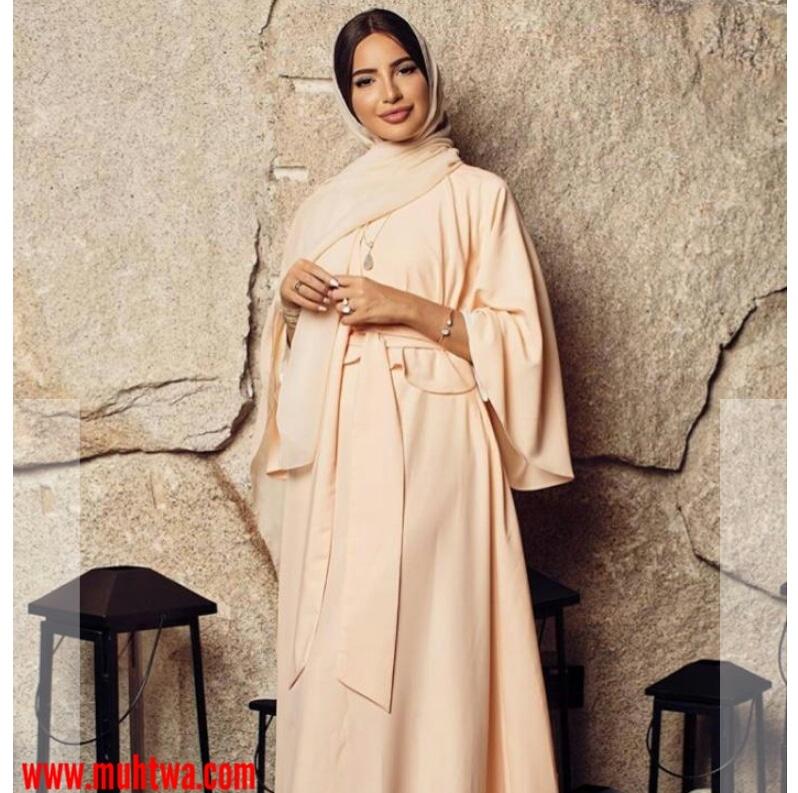 f44fb5fa2 عبايات راقية من مدونة الموضة فاطمة حسام - موقع محتوى