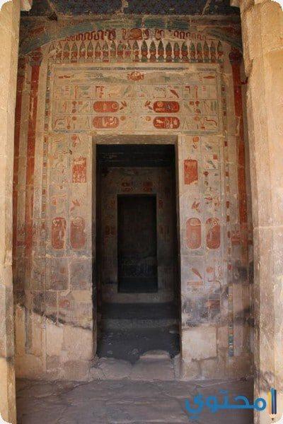 نقوش داخل معبد حتشبسوت