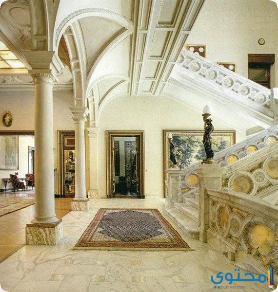 من داخل قصر الطاهرة