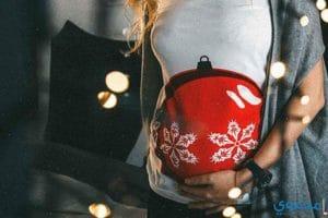 ملابس الحامل في الكريسماس