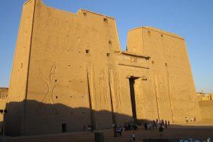صور ومعلومات عن معبد ادفو